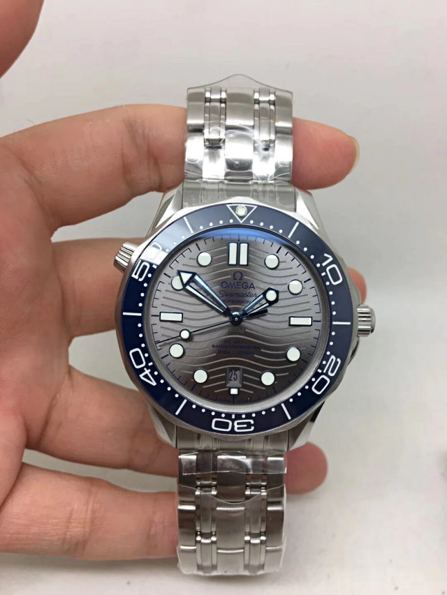 924677496ea8 Replica Omega Seamaster Diver Grey 300m Super Clone 8800 Movement ...