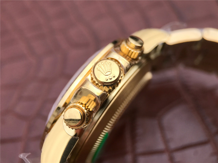Replica Rolex Daytona Golden Crown Buttons