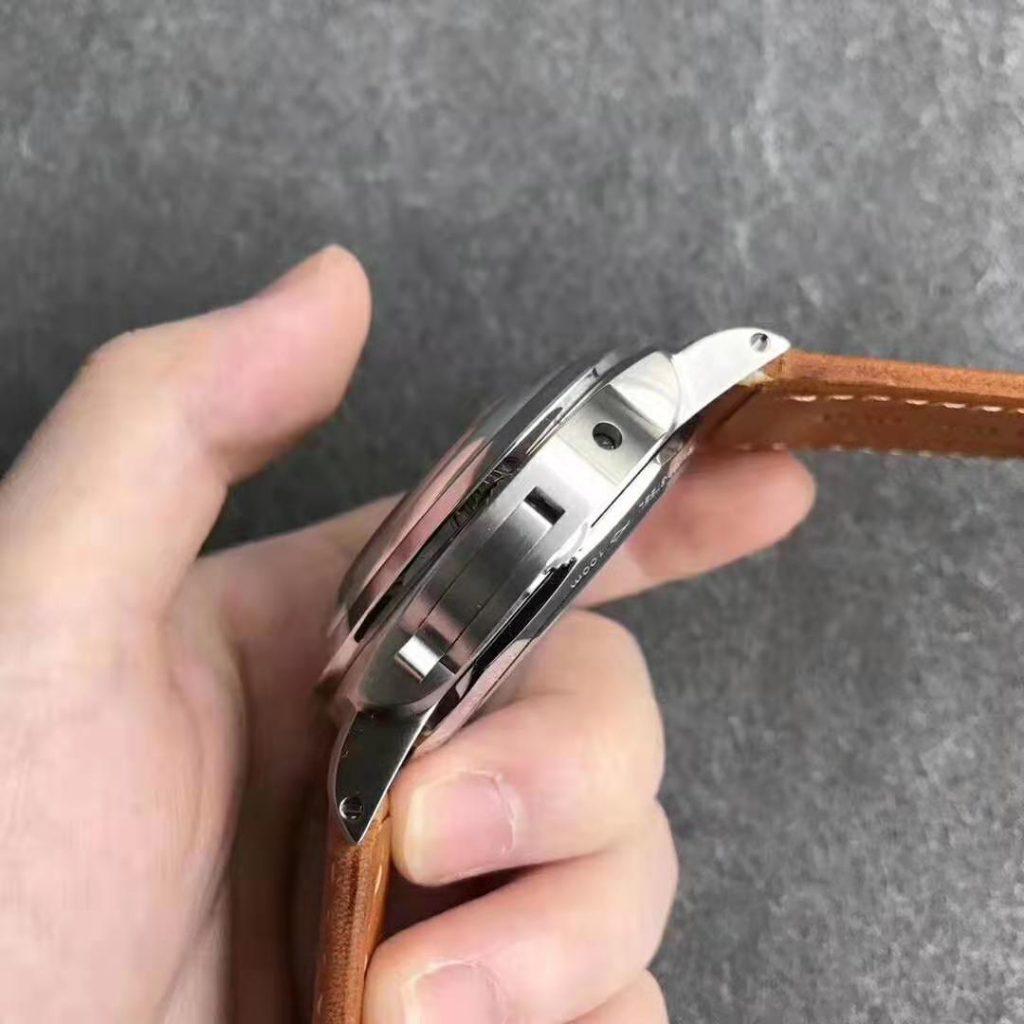 PAM 127 Replica Watch dian