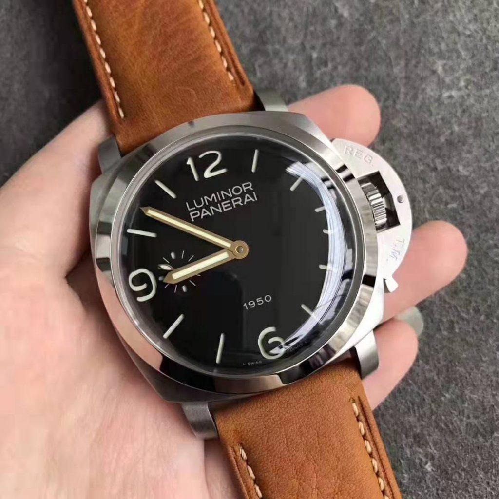 PAM 127 Replica Watch